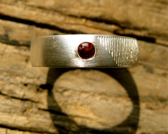Finger Print Band in Sterling Silver with Natural Red Brown Garnet & Matte Finish Size 13/6mm