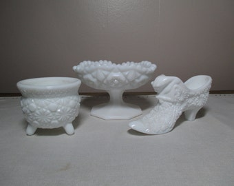 Vintage Milk Glass Instant Collection Vase Cauldron, Shoe with Cat, Compote Daisy and Button Collectible