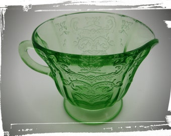 VINTAGE 1930s Antique Neon Green Depression Era Tinted Glass Sauce/Gravy Boat Milk/Creamer Pitcher Victorian Pressed Glass Serving Mug Cup