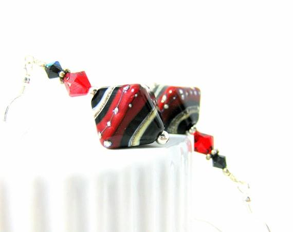 Geometric Earrings, Red Black Earrings, Glass Earrings, Lampwork Earrings, Beadwork Earrings, Beaded Earrings, Dangle Earrings - Rock & Roll