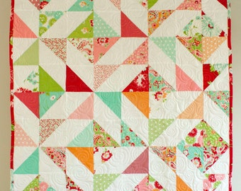 baby quilt in modern florals // baby girl gift // modern pinwheel quilt // READY TO SHIP