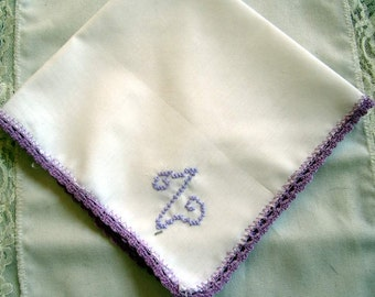 """Vintage White Linen Hanky/handkerchief with lavender Edging and """"Z"""" monogram in Lavender"""