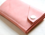 """Leather iPhone Wallet """"The Data Dave"""" in Bubble Gum Pink"""