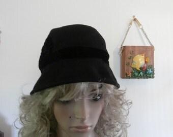 Bucket Hat Womens Classic Vintage Wool Hat with Velvet Flowers 1970's LIZ CLAIBORNE Mod Women's Designer Hat