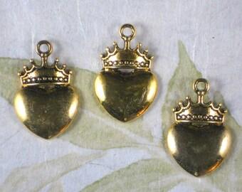 BuLK 30 Crowned Heart Charms Antique Gold Tone Princess Crown Pendants (P1410 -30)