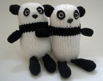 Saya the Panda - PDF knitting Pattern