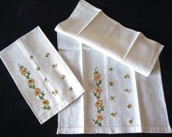 TOWEL Kitchen Bath Vintage 2 LINEN Drawn Washstand Bar Hand Embroidered Nosegays Yellow