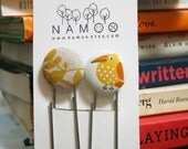 Bookmarks set with fabric covered button with bird