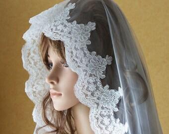 Cathedral Drop Veil | Lace Edge Veil | Mantilla Veil | Lace Bridal Veil | Lace Wedding Veil | Cathedral Lace Veil | Long Veil | VG1001
