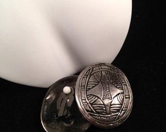 Vintage Geometric Heavy Silvery ClipOns : C16