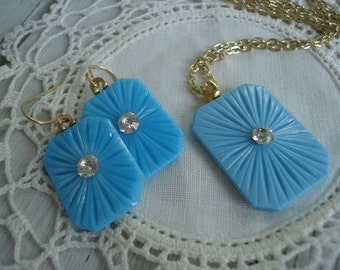Vintage Antique 1920's Opaque Turquoise Glass Gold Earrings Matching Necklace Starburst Rhinestone Demi Parure