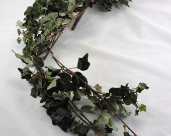 Silk ivy bush dark green Ivy bridal bouquet base