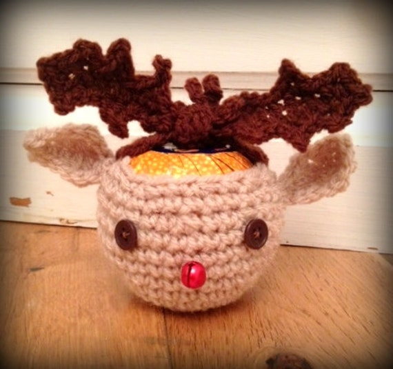 Knitting Pattern For Christmas Pudding To Cover Chocolate Orange : Items similar to CROCHET christmas REINDEER apple chocolate orange cosy cozy ...