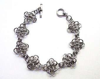 Chainmaille rosettes bracelet, Aluminum, Chainmaille jewelry, Small