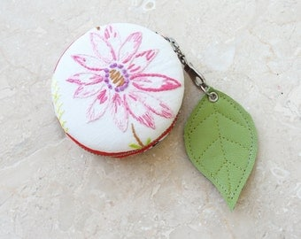 Macaron Coin Purse Wallet - Vintage Embroidery and Fabric