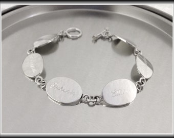Personalized Sterling Silver Oval Family Bracelet