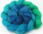 Baby alpaca spinning fiber, combed top - Deep Sea Gradient roving