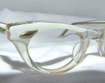 1950s Cats Eye Eyeglasses // 50s Vintage Frames // Pearl White // Hollywood Glamor //  American Optical K1