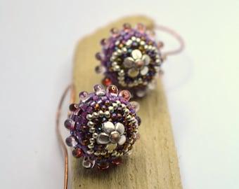 Beaded beads earrings - MAUVE  STAR with Tear Drops  - Globe Beaded Earrings on elongated copper earwire