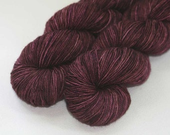 Seal Tribe - Tourney hand dyed BFL nylon sock yarn - 100g