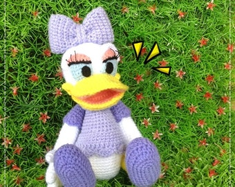 Daisy Duck 8.5 inches - PDF amigurumi crochet pattern