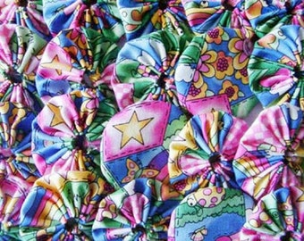 20 Bright and Fun  Yo Yo Quilt Top Block Trim Embellish Trim Hair Accessory Flower Fabric Scrapbooking