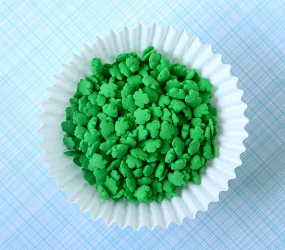 Shamrock sprinkles green confetti quins st patrick 39 s for Decorating quins