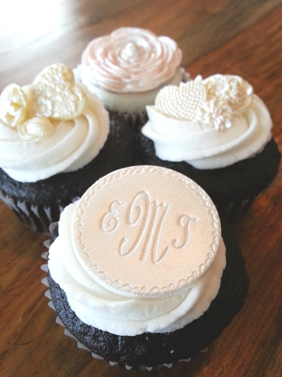 Monogrammed Personalized Cupcake Toppers Edible Cupcake