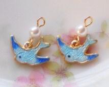 N896 Vintage Bird Charms Enamel Guilloche Blue Bird Bluebirds Love Birds Pearl Gold mini earrings