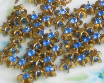 Vintage Swarovski Rhinestones, flower rhinestones,vintage findings,Sapphire Star NOS Pronged Setting 8mm Buttons #295