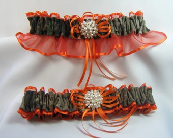 Real Tree Orange Camouflage wedding garters pearl rhinestone Camo garter Orange