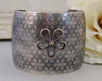 Vintage Daisy,,Bracelet,Cuff,Silver Bracelet,Cuff Bracelet,Bracelet,Silver,Antique Bracelet,Wedding,Bride,Daisy, by valleygirldesigns.