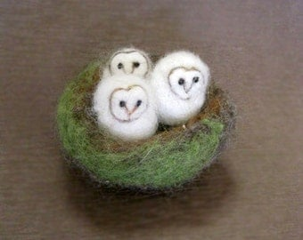 Owls in a nest, needle felted owl, Three Bird Nest, baby owls, miniatures, Barn Owl, Felted toy, needle felted animal, made to order