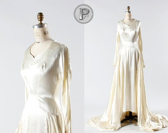 1940s wedding dress medium / 40s ivory satin bridal gown : Wedding Bells