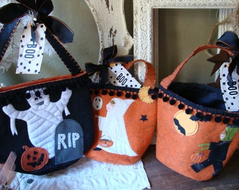 Halloween Trick or treat fabric totes for Children felt candy gift bags with tags ghost children in costumes black and orange