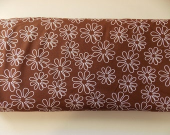 Windham -Shadow Flower brown with white flowers fabric