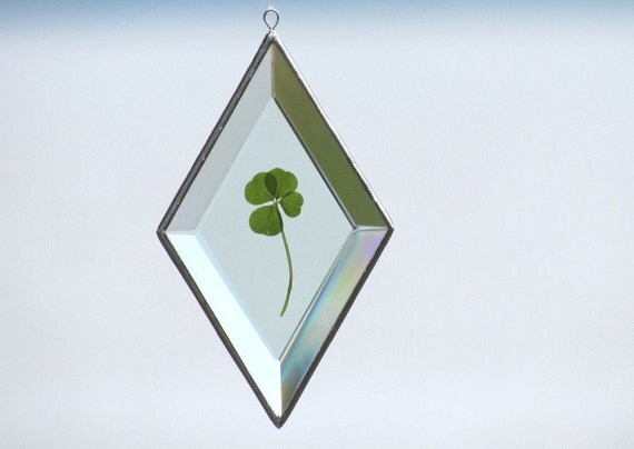 Genuine Four Leaf Clover in Diamond Shaped Beveled Glass