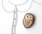 Owl Brooch, Owl, Woodland, Felt Pin, Animal Brooch, Bird Brooch, Grey Owl, Fall Fashion, Autumn, Under 25 - READY TO SHIP
