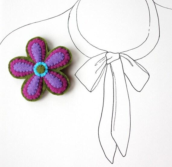 SALE - Pop Flower - Felt Flower Brooch Pin - Mother's Day