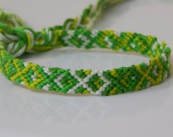 FB051 Green Diamond Friendship Bracelet