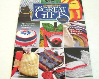 Simplicitiy's 76 Great Gifts Vintage Craft Book