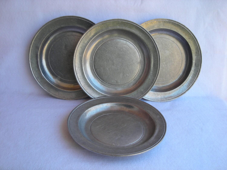 Vintage Wilton Armetale Pewter Dinner Plates Set 4