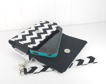 The Errand Runner Cell Phone Wallet, Wristlet for iPhone/Galaxy - Chevron in Black/Black