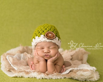 Lemongrass Green Cream Button Hat Newborn Photography