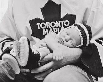 Hockey Skate Newborn Booties Crochet with Crochet Newborn Helmet MADE TO ORDER