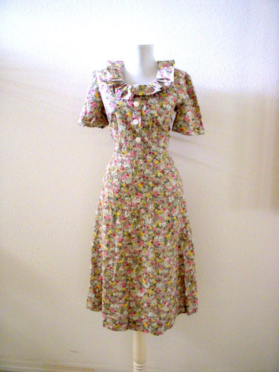 vintage 40s day dress 40s 50s cotton house dress taupe floral