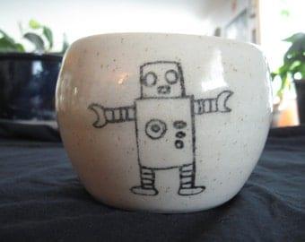 Robot hug mug