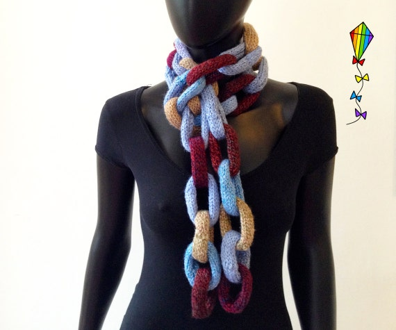 Blueberry Muffin Chain Scarf - Cute, comfortable and quirky Scarf - blue and beige scarf - chain link scarves - gift for her - gift for mum