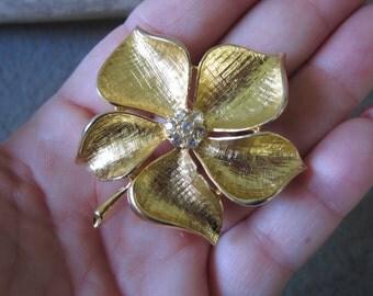On Sale Vintage Pin Brooch. 1960s Pin. Rhinestone Pin. Sparkle