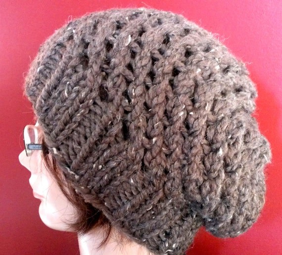 Items similar to KNITTING PATTERN // PDF instant download // Super bulky yarn...